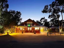ayers rock resort outback pioneer accorhotels