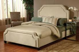 B Q Bedroom Furniture Offers Hillsdale Bedroom Furniture Traditional Bedroom Set
