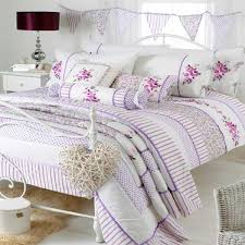 Floral Duvets Bedroom Riva Home Apple Romany Floral Duvet Cover Set Whiteheather