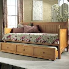 White Wooden Daybed Wood Daybed With Trundle Uk White Wood Daybed With Trundle And