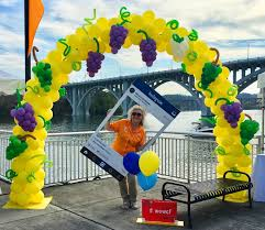 balloon delivery knoxville tn volunteer balloons knoxville balloons balloon delivery