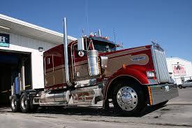 love the classic paint job kenworth trucks pinterest paint