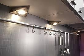 spot cuisine sous meuble le cuisine sous meuble eclairage cuisine sous meuble