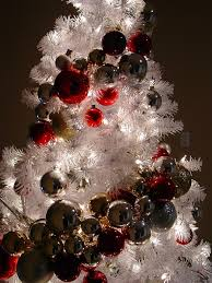 diy ornament garland next years tree idea atc