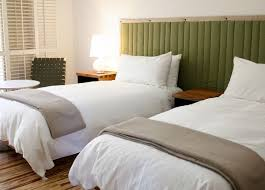 Twin Bed Hotel by 27 Best Bedroom With Two Beds Images On Pinterest Twin Beds 3 4