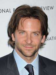mens middle parting hairstyle dlisted not the look bradley cooper s middle parted hair 1