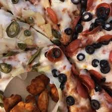 Round Table Pizza Healdsburg Mountain Mike U0027s Pizza Order Food Online 47 Photos U0026 90 Reviews