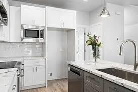 semi custom kitchen cabinets the advantages of semi custom cabinets surplus building