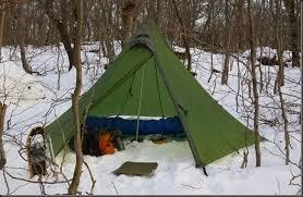 wood trekker a beginner u0027s guide to winter camping and bushcraft