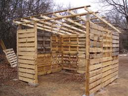 How To Make A Shed House by How To Build A Shed With Pallets Home
