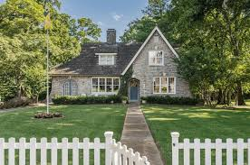 10 common architectural styles for your custom home custom home