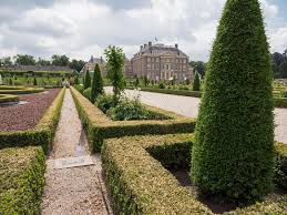 het loo palace apeldoorn my collection of postcards from the royal palace het loo in the netherlands editorial stock image