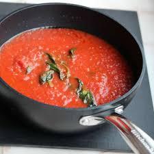 la vraie cuisine italienne recette la vraie sauce tomate italienne sugo di pomodoro toutes