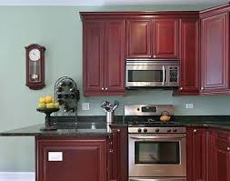 what color walls with wood cabinets what colors look with and stained wood for