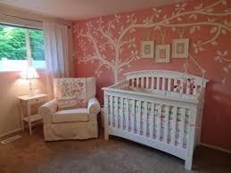 déco chambre de bébé fille idée décoration chambre bebe mauve