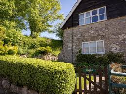 holiday cottage in axminster devon holiday accommodation