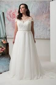 pompã se brautkleider die besten 25 formal dresses plus size ideen auf
