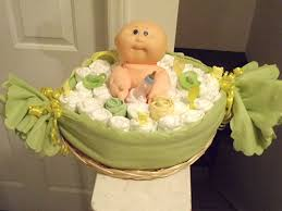 Diaper Centerpiece For Baby Shower by 15 Creative Diaper Cakes Diy Baby Shower Party Ideas