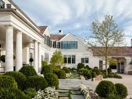 gambrel homes step inside a bridgehton home designed by steven gambrel