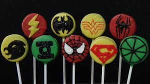 how to make oreo cookies pops and decorate them as justice league