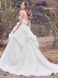 Wedding Dresses 2017 Fall 2017 Wedding Dresses To Fall In Love With Love Maggie