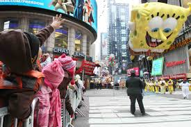 spongebob squarepants thanksgiving big bama bunch blitzes big apple on turkey day al com