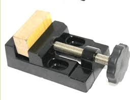 Wood Bench Vise Reviews by Woodworking Bench Vise Reviews With Awesome Style In Uk Egorlin Com