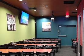 call round table pizza round table pizza party rooms in north tacoma