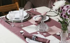 Dining Table Settings Pictures 44 Terrific Table Setting Ideas For Dinner Holidays 2018