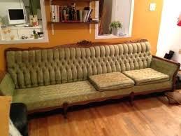 peindre canapé en tissu peindre canapacau complet dacconome vieux sofa vintage peinture