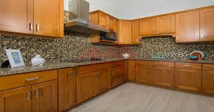 dark cherry kitchen cabinets honey shaker kitchen cabinets kitchen paint colors with brown