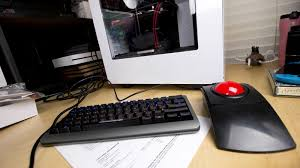 Pc Built Into A Desk New Service Builds Gaming Pcs Based On The Games You Want To Play