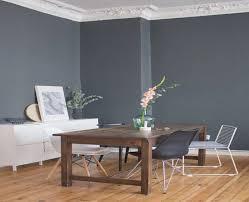 graue wandfarbe wohnzimmer graue wandfarbe wandfarbe rot braun weies sofa schwarzer stuhl