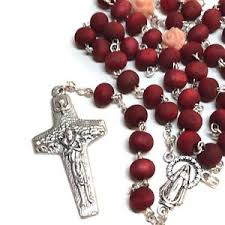 rosaries blessed by pope francis petals rosary blessed by pope francis communion