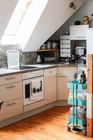 dachgeschoss k che innenarchitektur tolles kleine dachgeschoss kuche einrichten