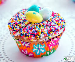 Easter Decorated Cupcakes by Easter Nest