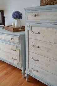 Painting Old Furniture by 151 Best Crafty Ideas Chalk Paint Images On Pinterest Painted