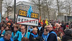 cuisine centrale brest brest près de 4 000 manifestants pour la défense du service