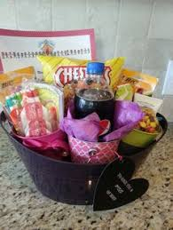 Inexpensive Housewarming Gifts Creative Thoughtful And Inexpensive Gifts For Baby Hostess And