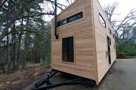 tiny modern house on wheels 200 sq ft modern tiny house on wheels