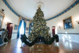 donald trump white house decor the white house reveals its christmas decorations melania trump
