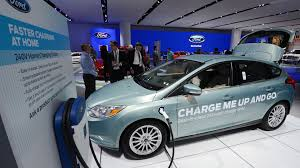 nissan leaf vs ford focus electric ford says brand u0027s first all electric vehicle will be affordable