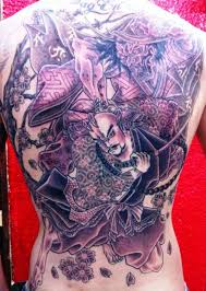 Back Pieces Tattoos 30 Splendid Back Tattoos For Guys Slodive