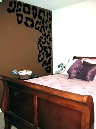 cheetah print bedroom decor leopard bedroom decorating ideas animal print bedroom decor