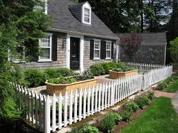 picket fence decorating ideas landscape traditional with picket