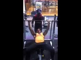 zyzz bench press 115kg incline barbell bench press youtube
