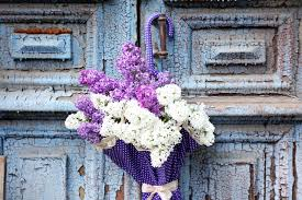how to send flowers how to choose and send flowers to your loved ones yellowpages