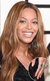 beyonce earrings beyoncé s 10 million emerald jewelry s 1 million