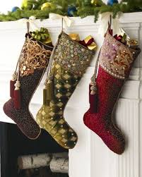 Christmas Tree Decorated With Stockings by Best 25 Stocking Tree Ideas On Pinterest Diy Christmas