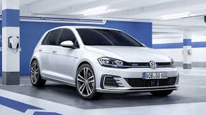 volkswagen hatch old 2017 volkswagen golf gte review top speed